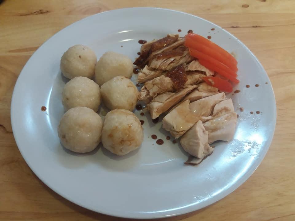 Bolas de arroz y pollo, Malaca