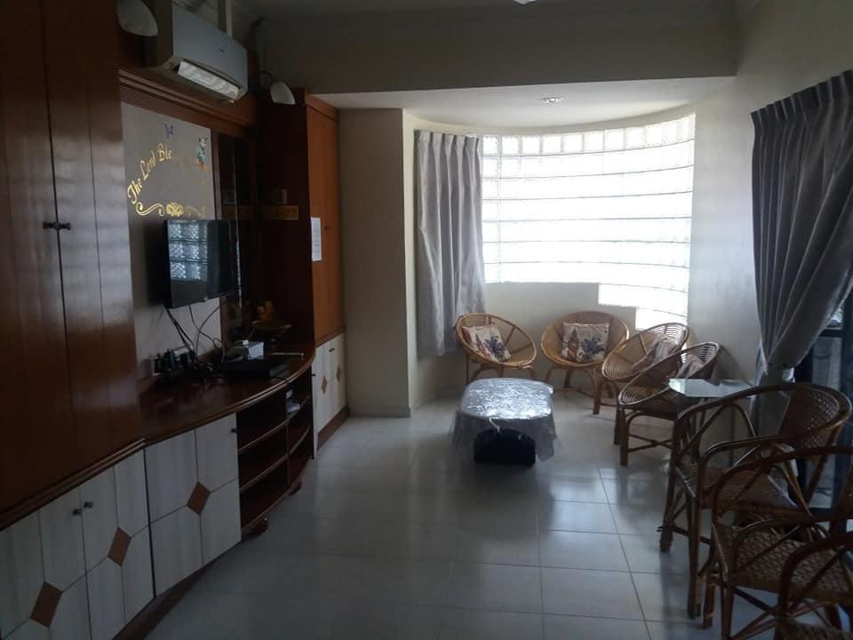 El salón Paradise, Malaca