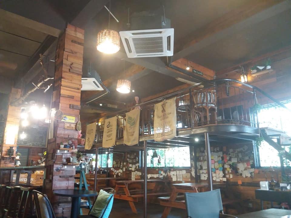 Café en octubre, Kota Kinabalu