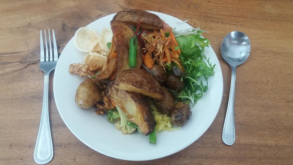 Buffet vegano Sawobali, Ubud - ¡plato uno!